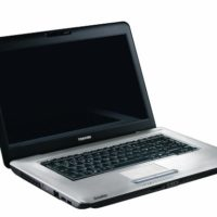 TOSHIBA SATELLITE L450 D